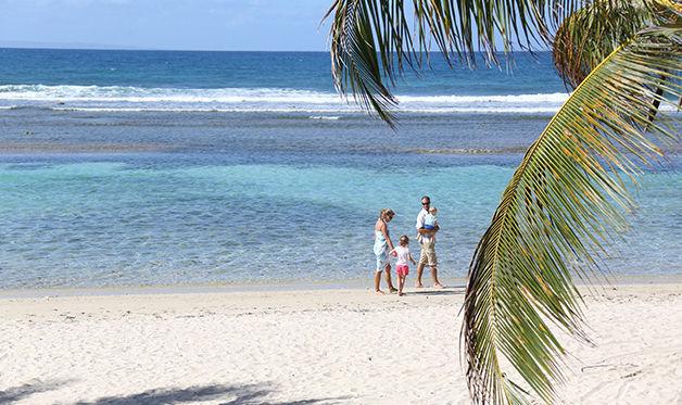 residence vacances les tamarins plage Séjour à Sainte Anne + location de voiture